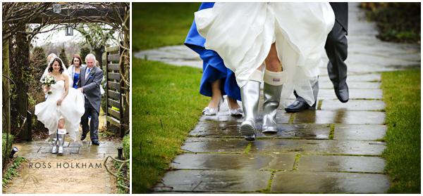The-Tythe-Barn-Launton-Ross-Holkham-Wedding-Photographer-008