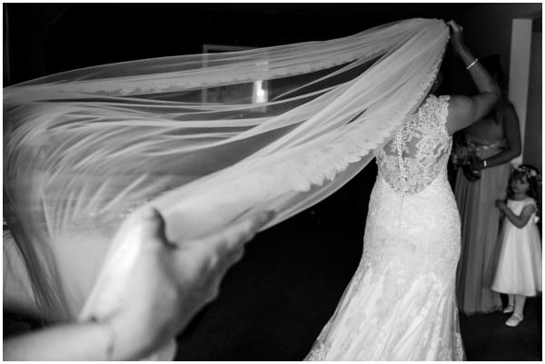 The Great Barn Aynho Ross Holkham Wedding Photographer Bucks Aylesbury Oxford-004