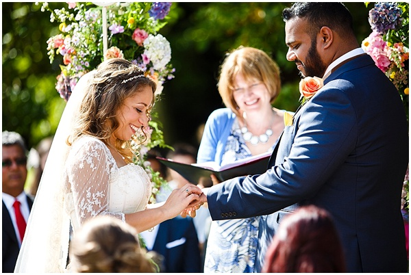 Marie and Tiz Yurt Wedding Oxfordshire Wedding Photographer Ross Holkham Photography-25