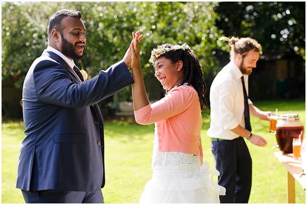 Marie and Tiz Yurt Wedding Oxfordshire Wedding Photographer Ross Holkham Photography-30