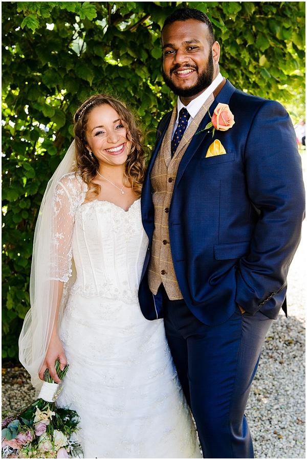 Marie and Tiz Yurt Wedding Oxfordshire Wedding Photographer Ross Holkham Photography-47