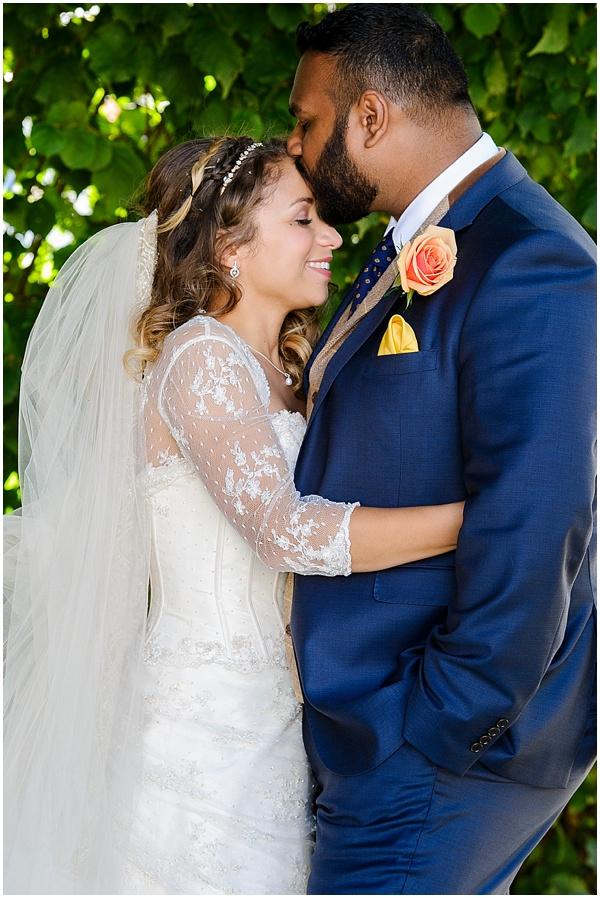 Marie and Tiz Yurt Wedding Oxfordshire Wedding Photographer Ross Holkham Photography-50