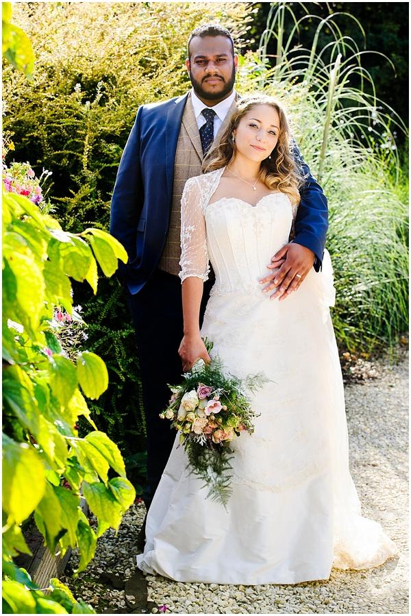 Marie and Tiz Yurt Wedding Oxfordshire Wedding Photographer Ross Holkham Photography-57