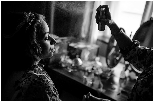 Marie and Tiz Yurt Wedding Oxfordshire Wedding Photographer Ross Holkham Photography-6