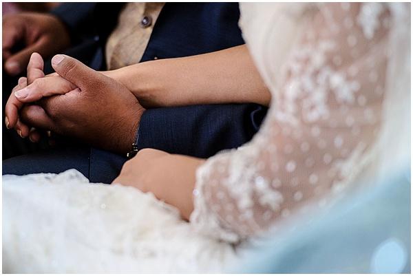 Marie and Tiz Yurt Wedding Oxfordshire Wedding Photographer Ross Holkham Photography-83
