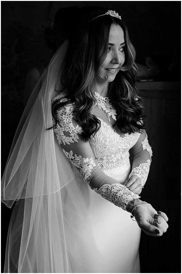 Tori and Sav Hedsor House Wedding Ross Holkham Photography-14