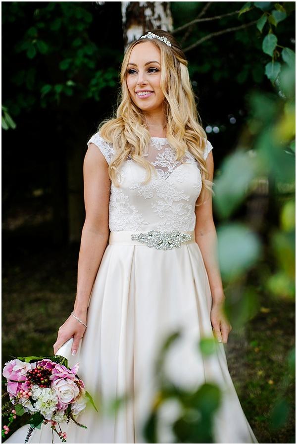 notley-tythe-barn-wedding-photographer-ross-holkham-65