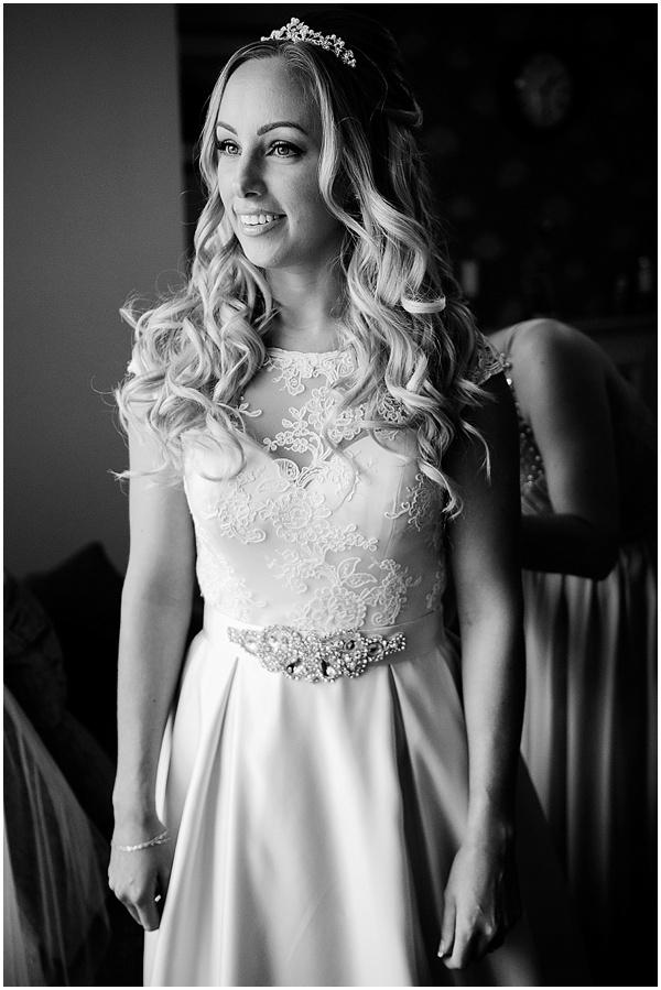 notley-tythe-barn-wedding-photographer-ross-holkham-7